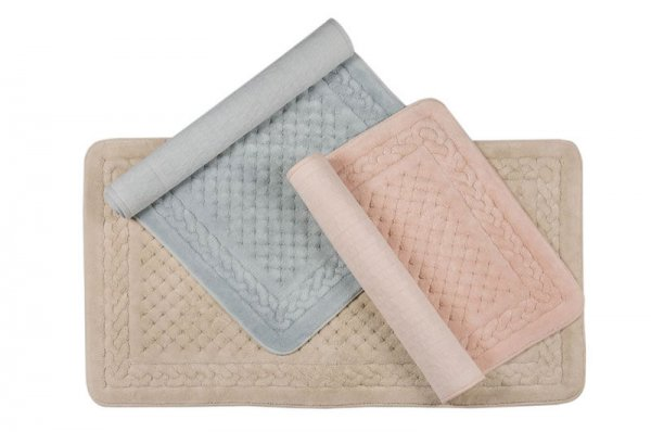 luxurious cotton bath mats