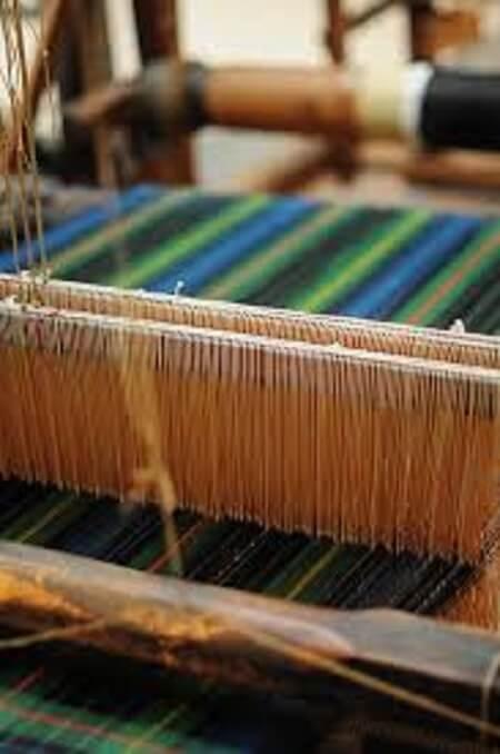 Weaving cotton throws