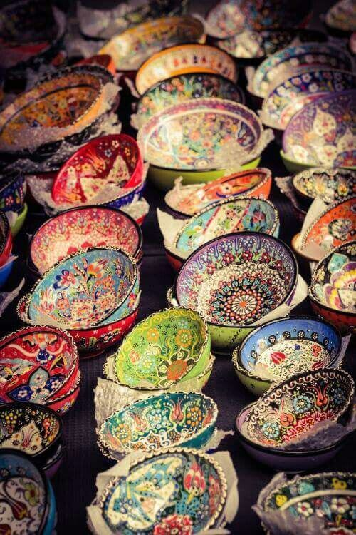 Mosaic earthenware in Bodrum marketplace