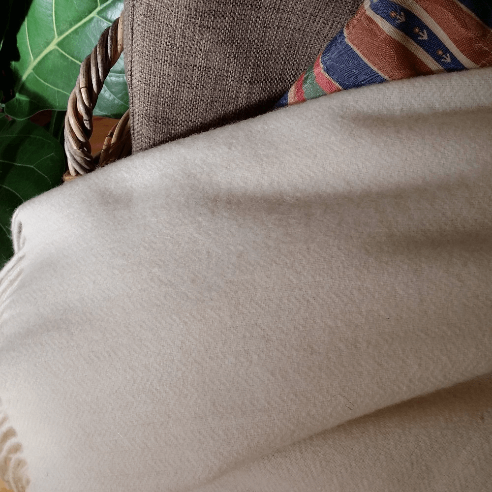 Gemini Cahmere Throw, Off White