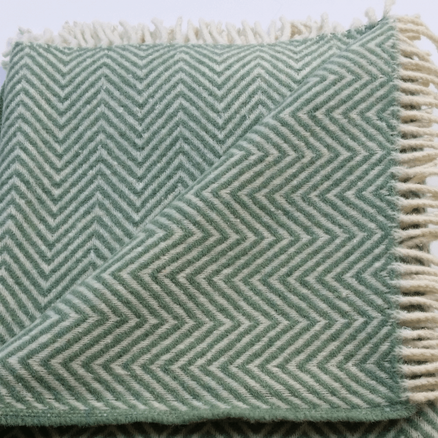 Dwell Wool Throw, Olive Green